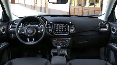 Jeep Compass 2020, gli interni