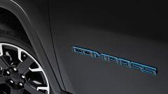 Jeep Compass 4xe First Edition, la targa del modello