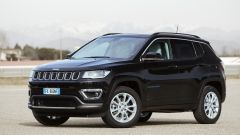 Jeep Compass 4xe plug-in hybrid Limited, vista 3/4 anteriore