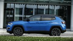 Jeep Compass 4xe plug-in hybrid S, vista laterale