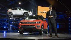 Jeep Compass: il frontale riprende quello della Grand Cherokee