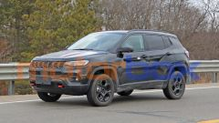 Jeep Compass Trailhawk 2022: 3/4 anteriore