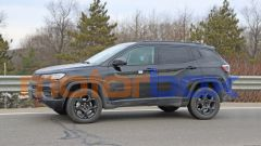 Jeep Compass Trailhawk 2022: laterale