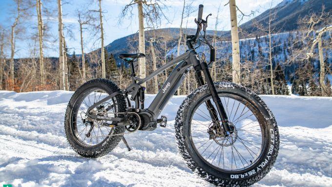 Jeep e-bike, ottima anche sulla neve