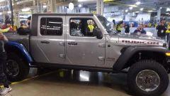 Jeep Gladiator 2019, ecco i primi esemplari: a quando in Italia? - Immagine: 2