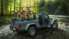 Jeep Gladiator by Mopar: gli accessori per farla cattiva - Immagine: 2