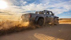 Jeep Gladiator Mojave: vista 3/4 posteriore