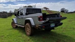 Jeep Gladiator: vista 3/4 posteriore