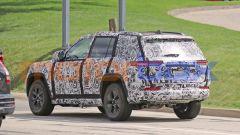 Jeep Grand Cherokee 4xe, il debutto nel 2022. Prime foto ufficiali - Immagine: 5