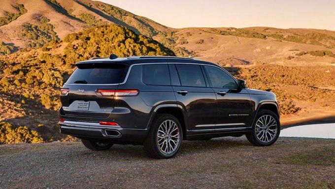 Jeep Grand Cherokee L 2021: il SUV può trasformarsi in berlina?