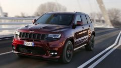 Jeep Grand Cherokee SRT 2017: vista 3/4 anteriore