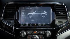Jeep Grand Cherokee Trailhawk 2019: lo schermo da 8,4 pollici dell'infotainment