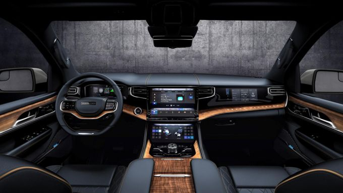 Jeep Grand Wagoneer 2021, interni: la plancia