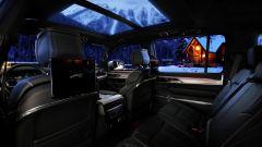 Jeep Grand Wagoneer 2021, interni: vista dalla seconda fila di sedili