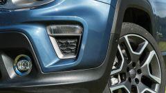 Jeep Renegade 4xe Limited, dettaglio del fascione anteriore