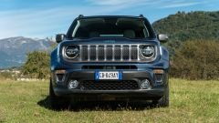 Jeep Renegade 4xe Limited, il frontale