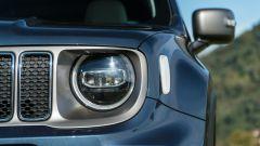 Jeep Renegade 4xe Limited, il gruppo ottico anteriore