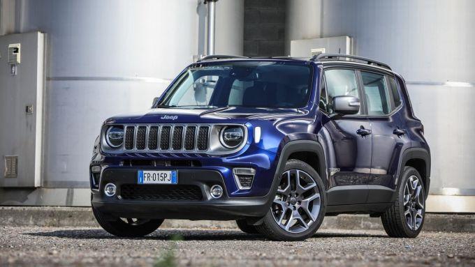 Jeep Renegade: il modello di ultima generazione con le luci diurne a LED