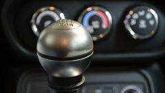 Jeep Renegade: il pomello del cambio ha perso la vernice