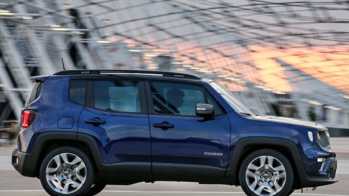 Jeep Renegade: il profilo del SUV compatto resta sostanzialmente uguale