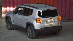 Nuova Jeep Renegade S, il Suv veste sportivo elegante - Immagine: 18