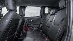 Jeep Renegade Trailhawk divano posteriore