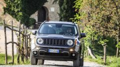 Jeep Renegade Trailhawk sulle strade bianche