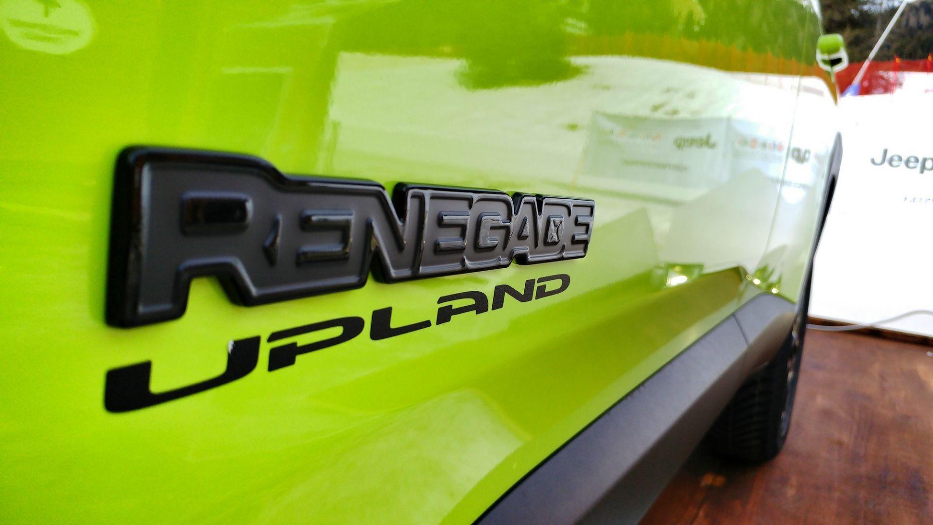 X Lg on 2016 Jeep Renegade Suv