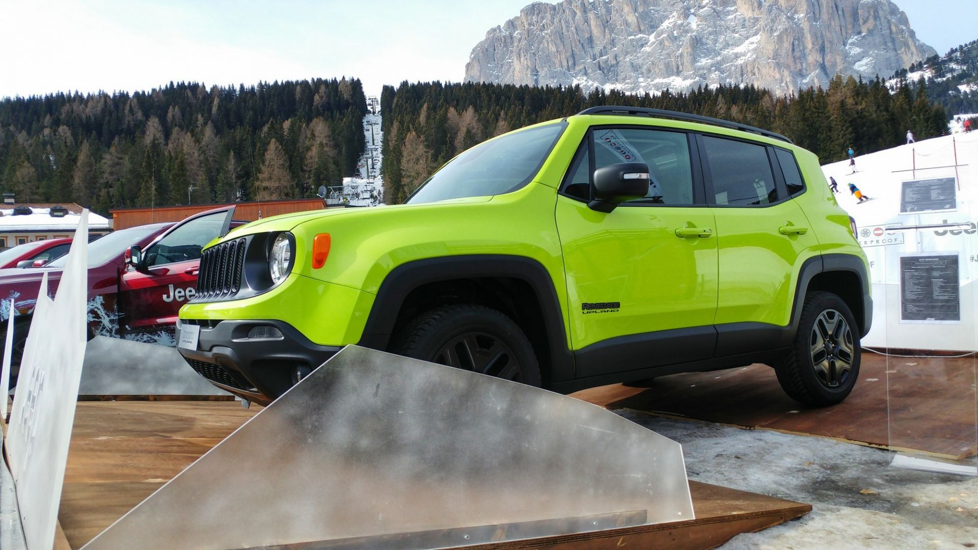 special edition  jeep renegade upland  una soft trailhawk