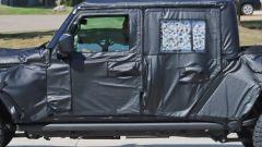 Jeep Scrambler pick up: le foto spia della Sport e della Rubicon - Immagine: 28