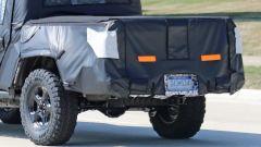 Jeep Scrambler pick up: le foto spia della Sport e della Rubicon - Immagine: 9
