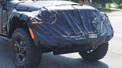 Jeep Scrambler pick up: le foto spia della Sport e della Rubicon - Immagine: 6