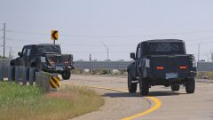 Jeep Scrambler pick up: le foto spia della Sport e della Rubicon - Immagine: 22