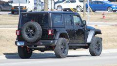 Jeep Wrangler PHEV: vista posteriore