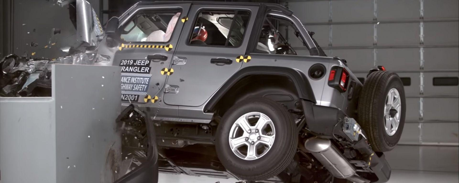 Jeep Wrangler: il giallo dei crash test USA