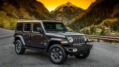 Jeep Wrangler Unlimited 2021, vista 3/4 anteriore