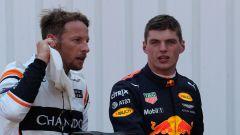 Jenson Button (McLaren) e Max Vertsappen (Red Bull)