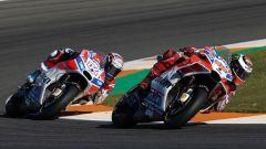 MotoGP Valencia 2017: ecco perchè Lorenzo non ha fatto passare Dovizioso
