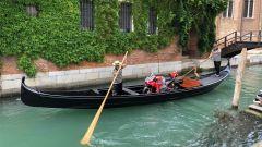Jorge Lorenzo, la Desmosedici GP18 in gondola