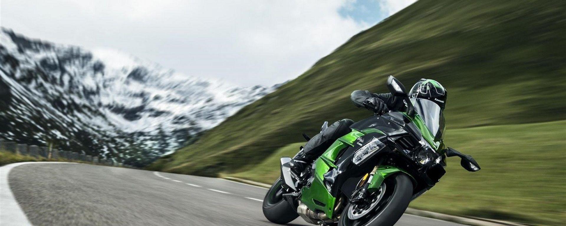 Kawasaki H2 SX: richiamo per problemi al cavalletto