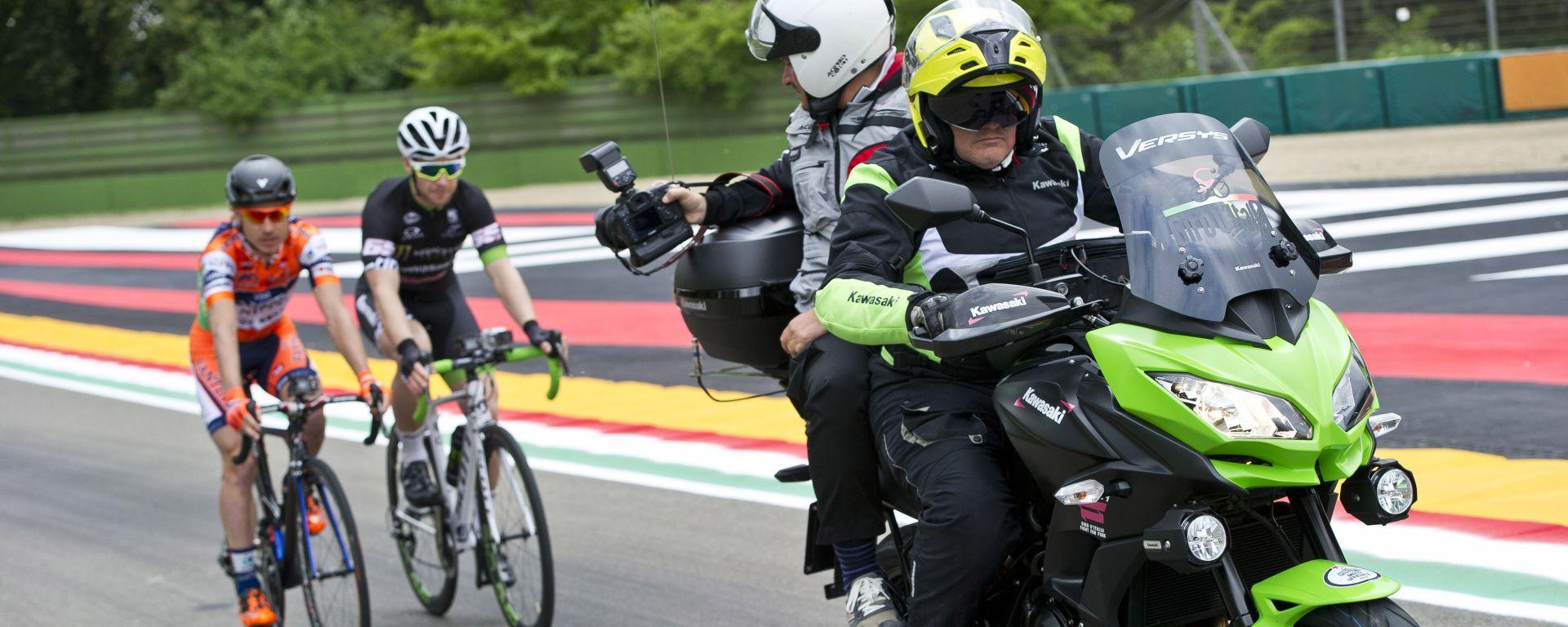 Kawasaki: la Versys 650 è la moto ufficiale del 99° Giro d'Italia 2016