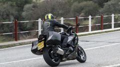 Kawasaki Ninja 1000 SX 2020: una vista dinamica di 3/4 posteriore