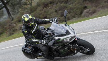 Kawasaki Ninja 1000 SX: si viaggia molto bene da sol, ma anche in due