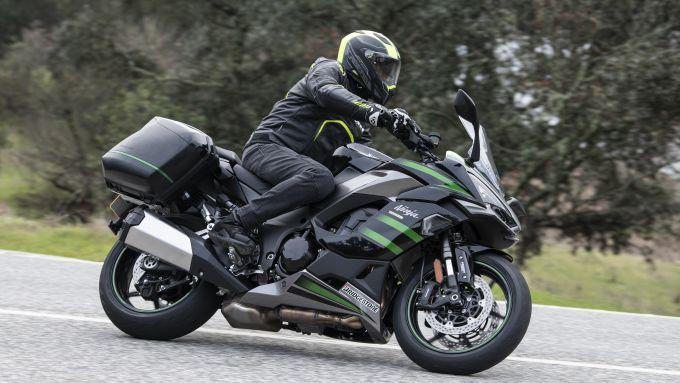 Kawasaki Ninja 1000SX: sulle strade vicino a Cordoba in Spagna