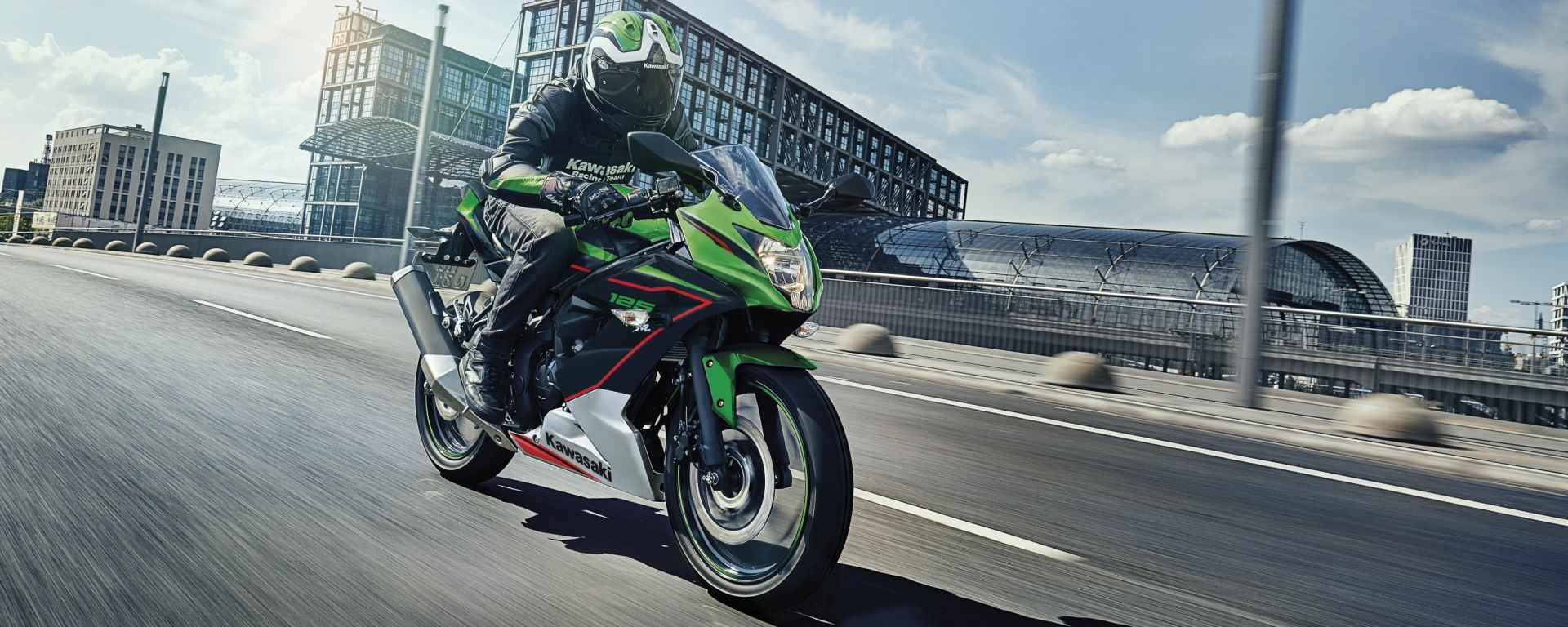 Kawasaki Ninja 125: ecco il modello 2021 in azione