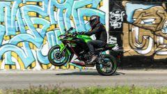 Kawasaki Ninja 650 2021: prova, come va, pregi e difetti