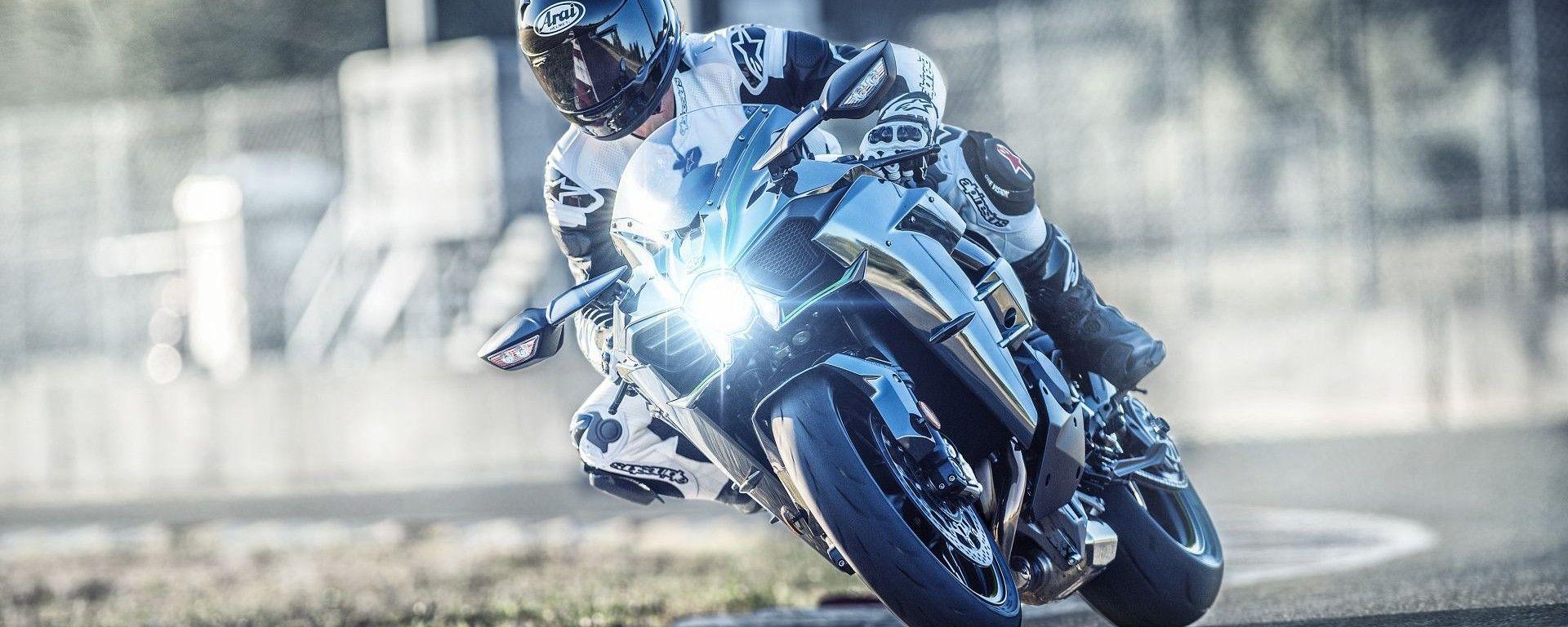 Kawasaki Ninja H2 2019: vista frontale