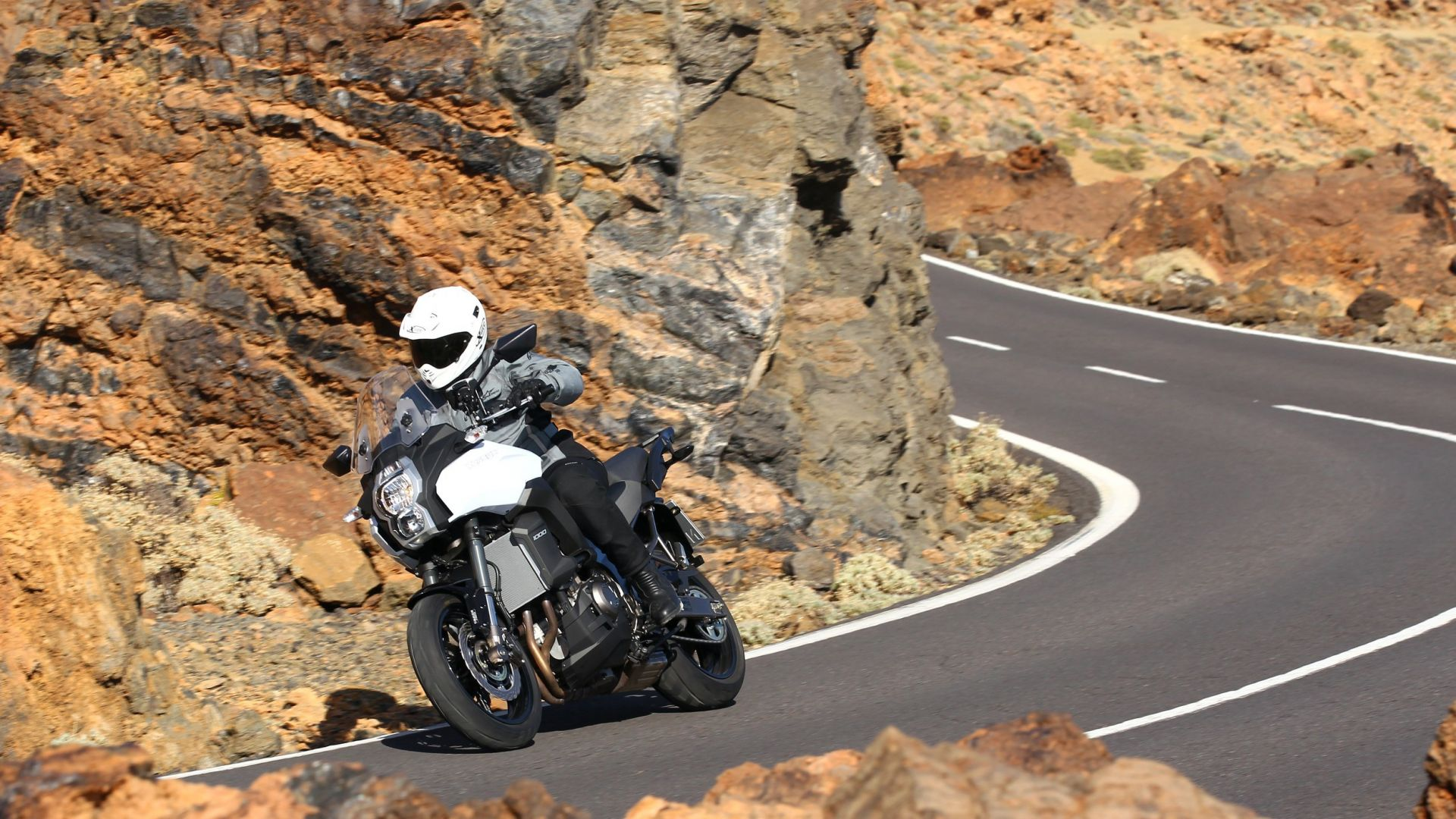 Immagine 19: Kawasaki Versys 1000: ora anche in video