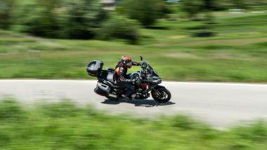 Kawasaki Versys 1000 S Grand Tourer 2021: in movimento è piuttosto agile