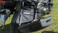 Kawasaki Versys 1000 S Grand Tourer 2021: valigie e baule sono dotati di borse interne